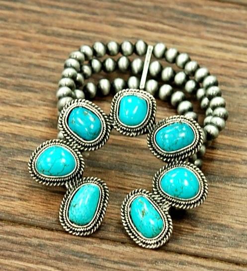 Navajo Pearl Squash Bracelet