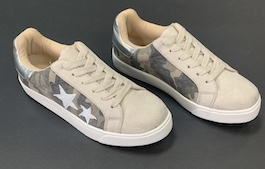 Camo Star Lace Up Sneakers