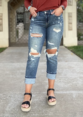 Judy Blue Bleach Splash Boyfriend Jeans