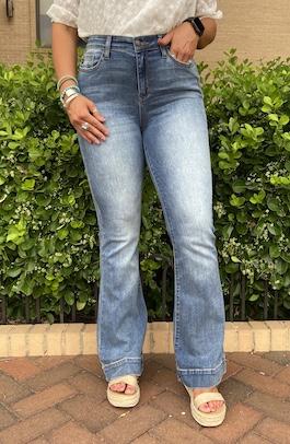 Judy Blue Medium Wash Trouser  Flares