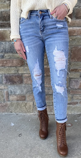 Judy Blue Heavy Destroyed Relax Fit Jean