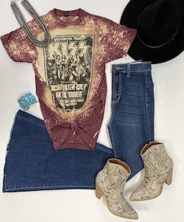 """Kiss"" Burgundy Bleach Splash Graphic T-Shirt"