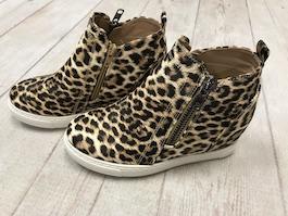 Leopard Leather Like Wedge Sneaker