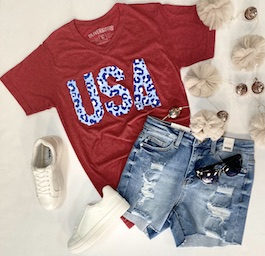 """""""USA"""" Red Leopard Detail Graphic T-Shirt"""