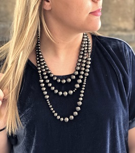 Tiered Vintage Style Navajo Pearl Necklace