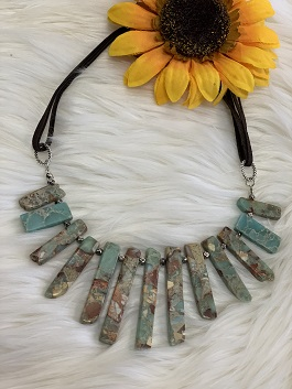 Turquoise Chip Stone Necklace On Leather