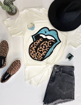 Turquoise Tongue Graphic T-Shirt